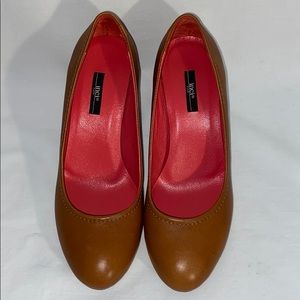 inci Turkish Leather Pumps in Caramel - Size 8